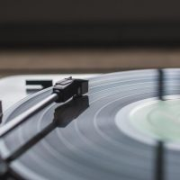 record-playing-music_925x